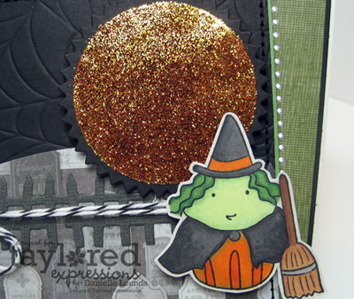 SparklyMoonAndGreenWitch_Closeup