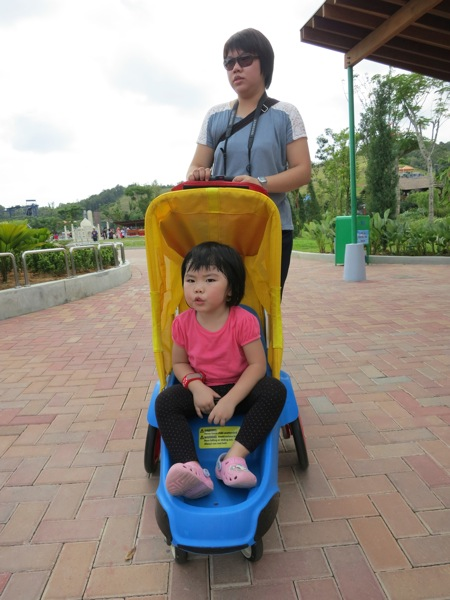 Yining Comfortable In The Stroller With Ah Yi