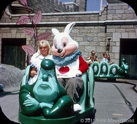 View-Master Fantasyland (A178), Scene 1-6: Alice in Wonderland Ride