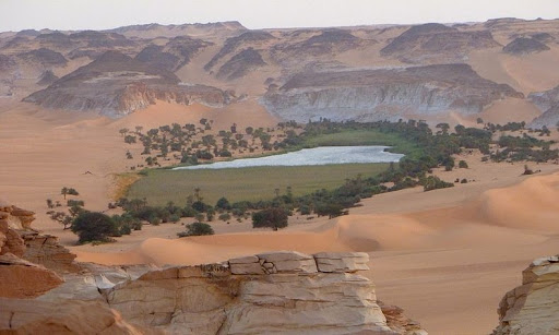 Lakes of Ounianga, Sahara Desert | Amusing Planet