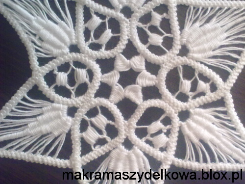 Romanian Point Lace Books http://picasaweb.google.com/lh/photo/_28xXK80sGZv1DHx_R1bNA