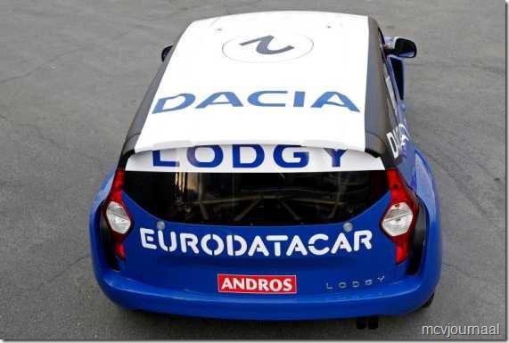 Dacia Lodgy MPV 14  - De karakteristieke achterkant van de Lodgy