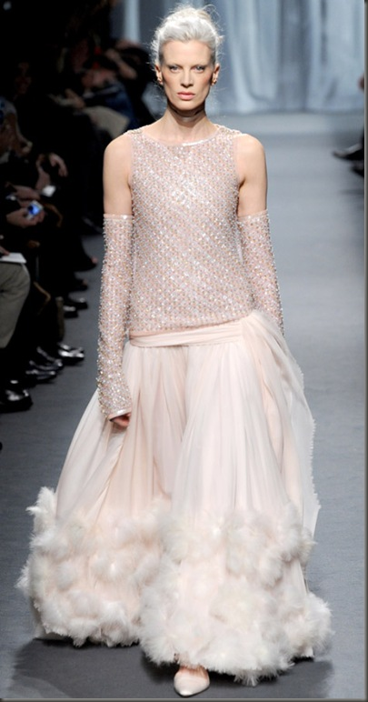 chanel-couture-spring-summer-2011-kristen-mcmenamy