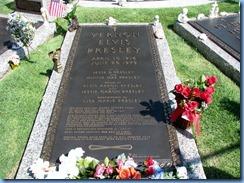 8215 Graceland, Memphis, Tennessee - Meditation Garden