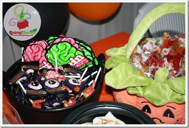 HALLOWEEN LOLLIES (CANDIES)b © BUSOG! SARAP! 2010_thumb[5]