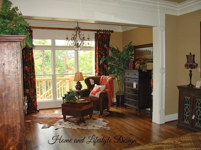 3203 Springhill Sitting Room 1a