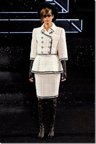 Chanel Fall 2011 (2)