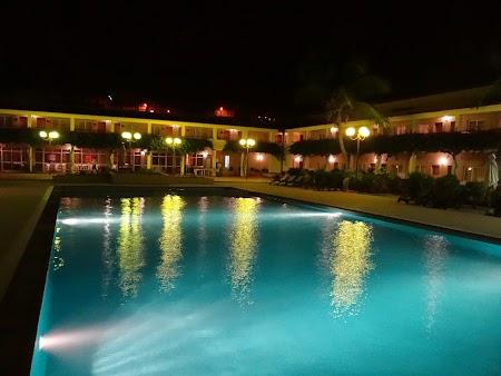 09. Piscina hotel Pestana - Praia.JPG
