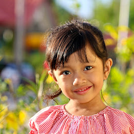 Sweety by Mohd Norhisyam Maslin - Babies & Children Child Portraits ( girl, afternoon, beautiful, flower, shiny )