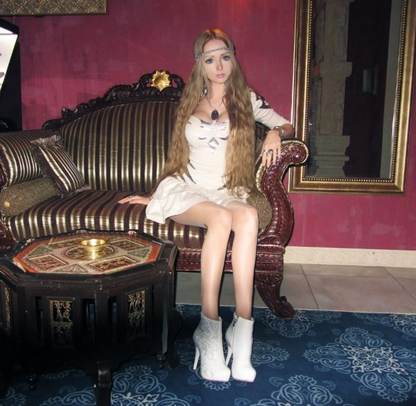 Valeria Lukyanova 19