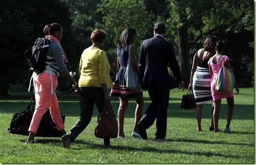 Michelle Obama First Family Heads Africa SuAjiMFkzdEx