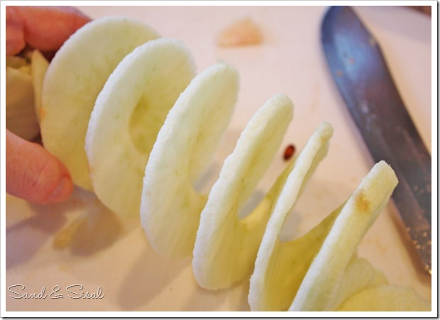 Apple spiral (800x533)