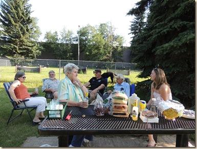 47.Jl 7 Family picnic