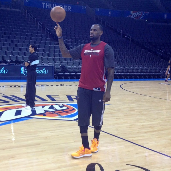 LeBron James Rocks Nike LeBron 9 Low 8220Floridians8221 During Practice