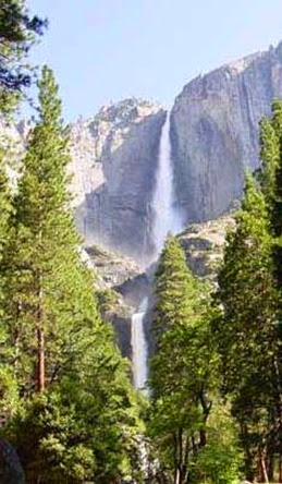 Yosemite_Falls_02_017L