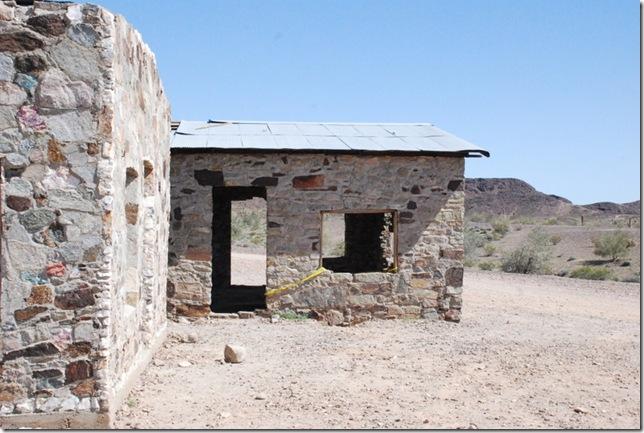 03-07-13 D Joseph Cones Cabins Quartzsite 009