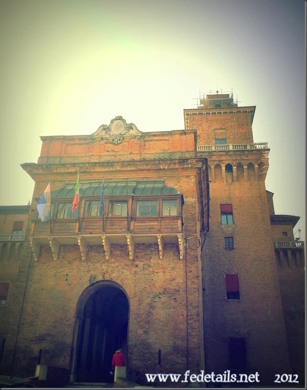 Castello Estense ( entrata nord ), Ferrara, Emilia Romagna, Italia - Estense Castle ( north entrance ), Ferrara, Emilia Romagna, Italy - Property and all Copyrights of www.fedetails.net