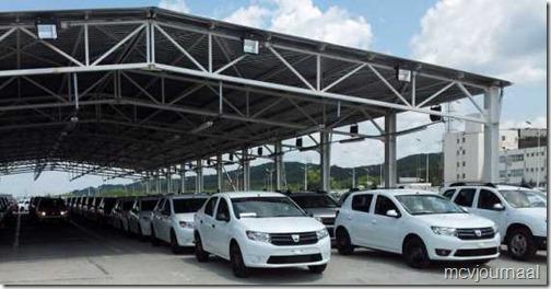 Dacia fabriek 2013 01