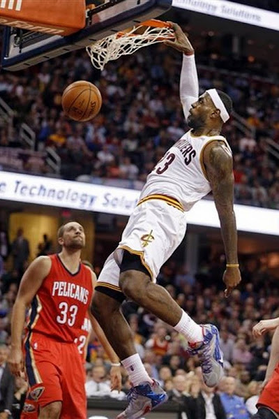 LBJ Wears New Old LeBron 12 Cavs Home PE and8230 Veteran8217s Day