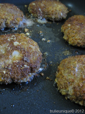fried burgers 