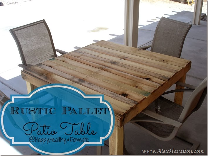 Rustic Pallet WOod Patio Table