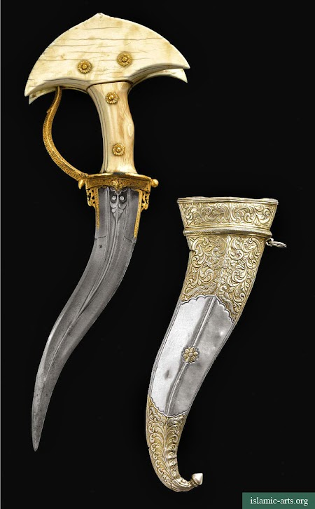 AN IVORY-HILTED DAGGER (KHANJARLI) AND SILVER SCABBARD, SOUTH INDIA,