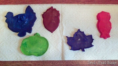 autumn crayon shapes (23)