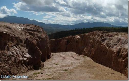 Foso defensivo del Cerro de San Miguel - Arnedo