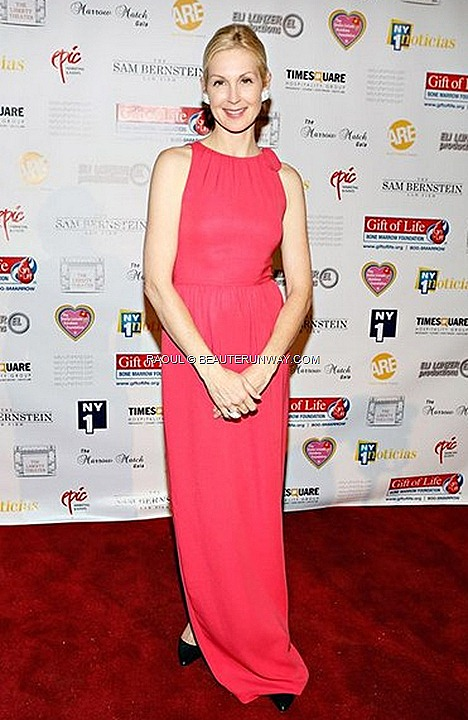 RAOUL SPRING SUMMER 2013 KELLY RUTHERFORD IN BITA BOW MAXI DRESS BRITT CLUTCH CRUISE COLLECTION CELINA DRESS FALL WINTER NEW YORK HOLLYWOOD CELEBRITIES Marrow Match Benefit Gala Liberty Theatre