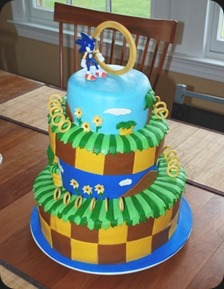 triple-tiered-sonic-the-hedgehog-cake
