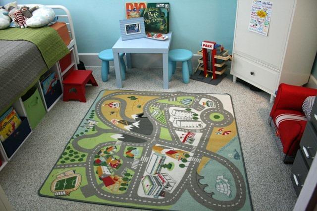 finn's room 024