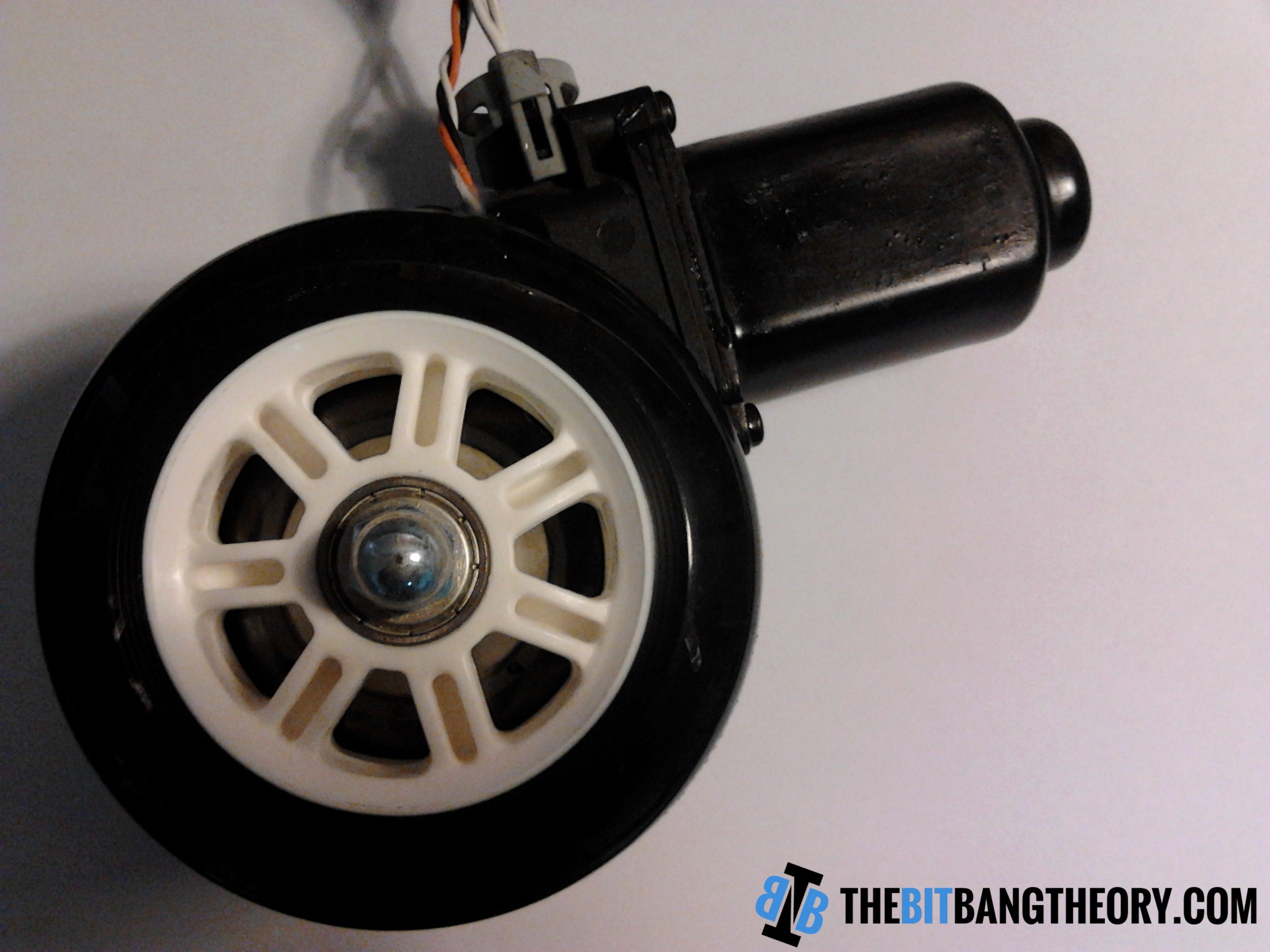 High Torque Encoded Dc Motors For Robots From Car Window