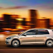 2013-VW-Golf-7-14.jpg