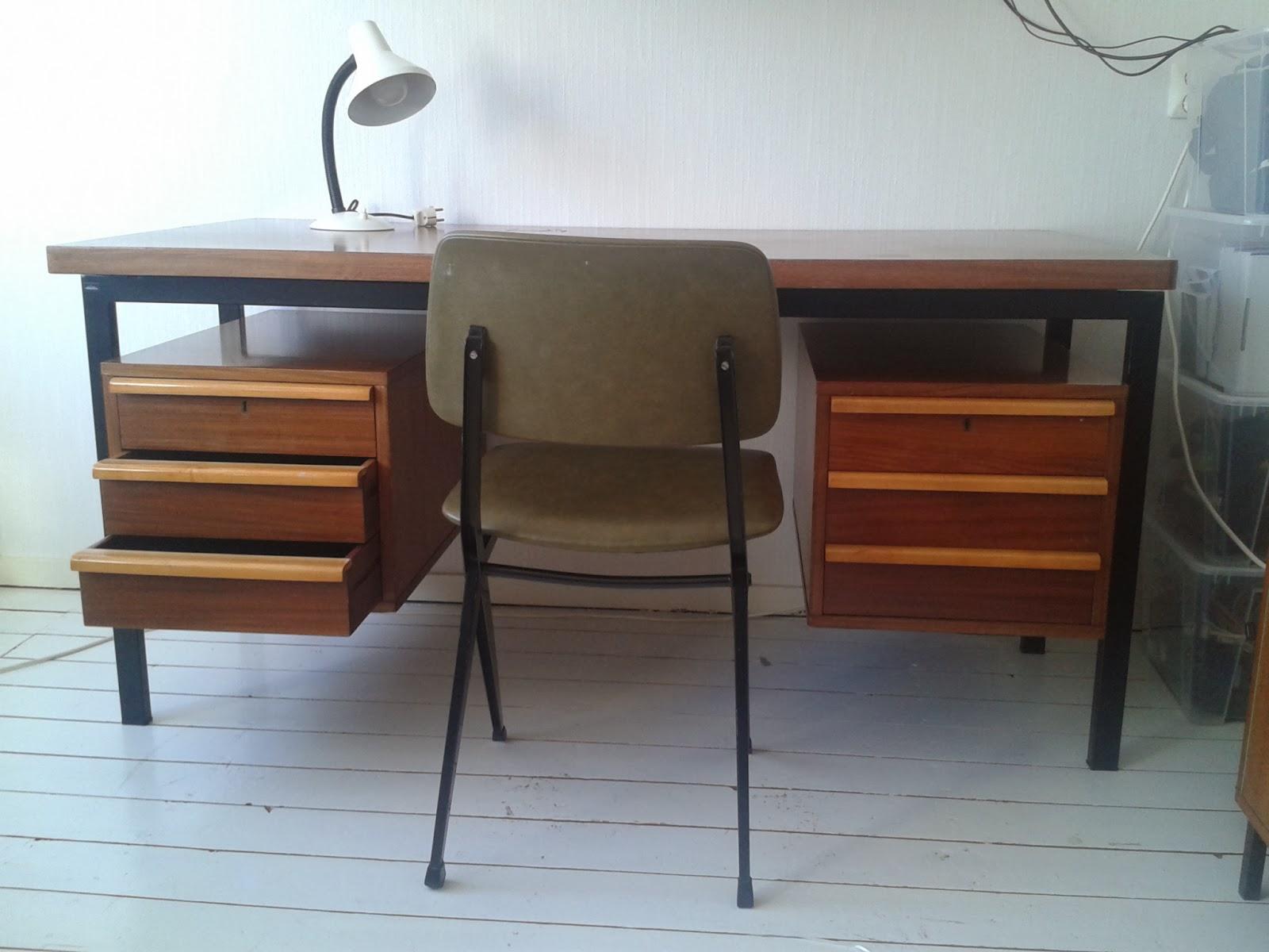 marko retro bureau jaren 60 dutch design desk writing table. Black Bedroom Furniture Sets. Home Design Ideas