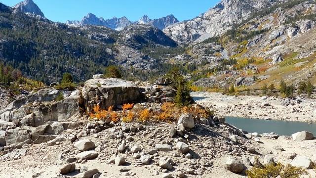 Lake Sabrina Trail