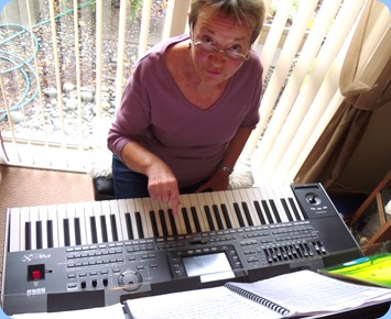 Diane Lyons coming to grips with the Korg Pa3X