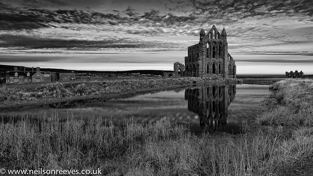 whitby-abbey-black-and-white-landscape