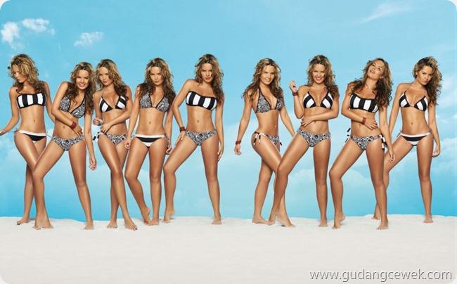 Pose-Pose Panas Model Australia || gudangcewek.com