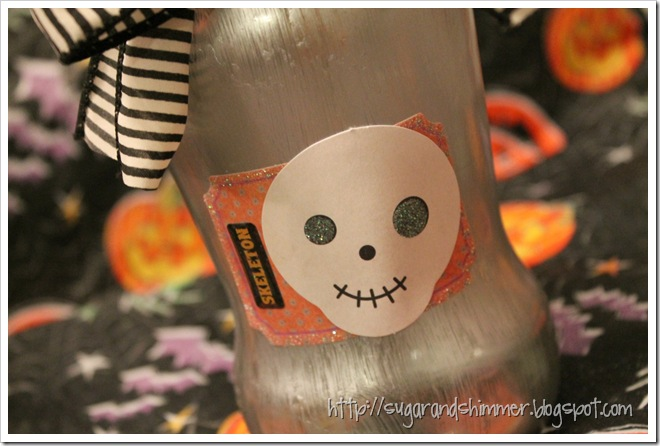Painted Halloween Vase - details