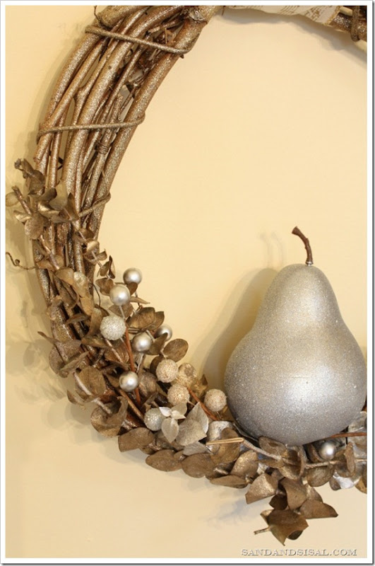 Glittered Pear Wreath 