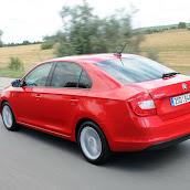 2013-Skoda-Rapid-Sedan-Red-Color-13.jpg