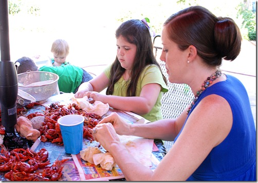 E and Eve with crawfish