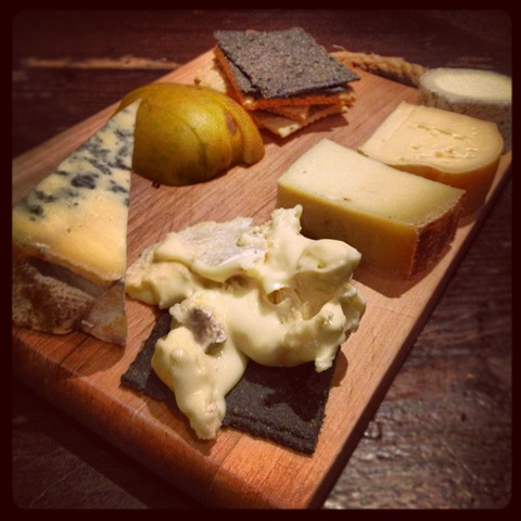 #323 - La Fromagerie's winter cheeseboard