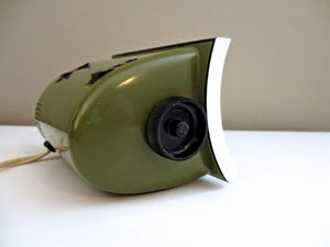 green Bulova B 5410 flip alarm clock side with dial