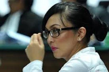 Angelina Sondakh Rsemi Dipecat Demokrat,