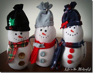 sock_snowmen