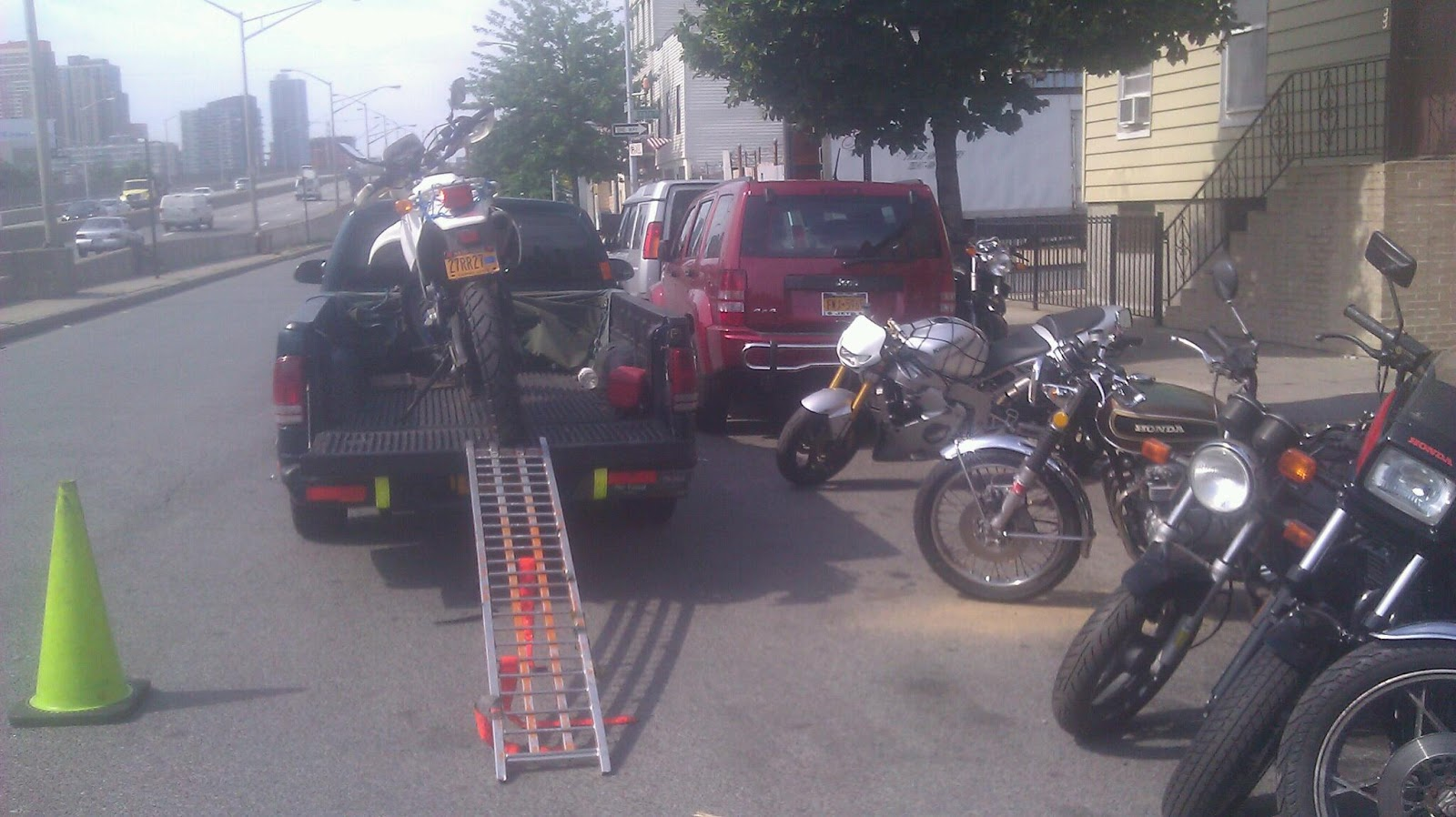 Battery For Motorcycles Tow Will Fix Bike In Shop Motorcycle Haul Queens Brooklyn Manhattan New York City Bronx Pick Up Drop Off Bikes To