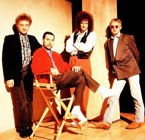 queen-in-1990-picture1
