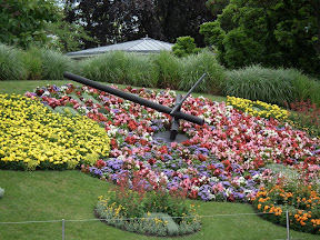 291 - Reloj del Jardin Anglais.JPG