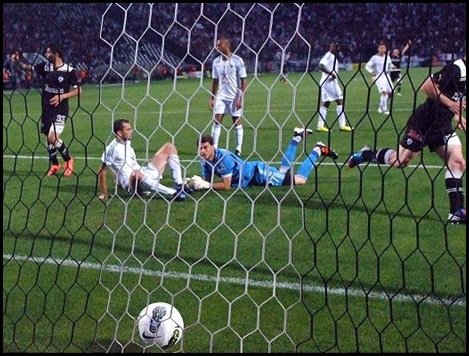 paok_panath_playoffs_2012_goal_salpi